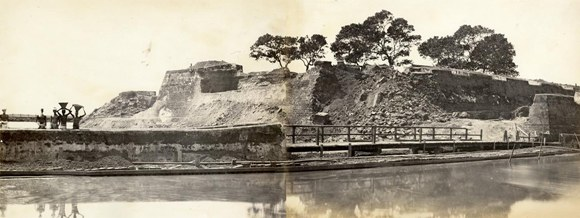 Demolition of the Dutch Fort, Colombo c.1865
